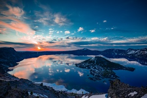 Crater Lake Oregon Wallpaper