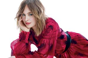 Dakota Johnson 5k