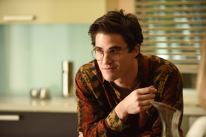 Darren Criss In The Assassination Of Gianni Versace Wallpaper