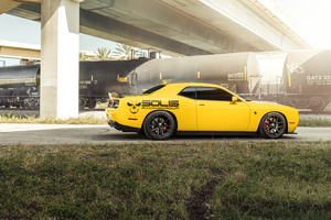 Dodge Challenger Hellcat Velgen Wheels 8k Wallpaper