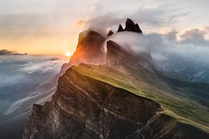 Dolomites Mountain Range 5k Sony Bravia Tv Original OLED Wallpaper
