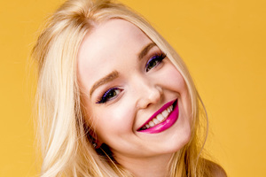 Dove Cameron Cute Smile 4k Wallpaper