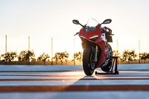 Ducati Panigale V4 Wallpaper