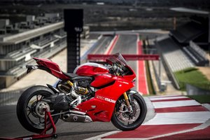Ducati Superbike 1199 Wallpaper