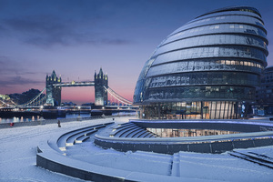 Early Winter Morning In London 8k Wallpaper