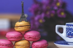 Eiffel Tower Cookies Art Wallpaper