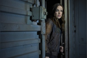 Elizabeth Henstridge As Agent Jemma Simmons In Agent Of Shield Season 5