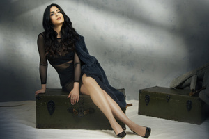 Emeraude Toubia Wallpaper