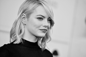 Emma Stone 2017 HD Wallpaper