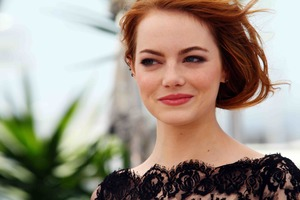 Emma Stone Cute Smile 5k Wallpaper