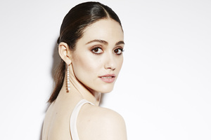 Emmy Rossum In 2018 Wallpaper