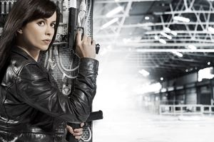 Eve Myles As Gwen Cooper In Torchwood Tv Show Wallpaper