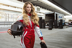 F1 Female Driver Wallpaper