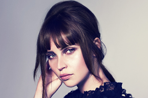 Felicity Jones 2 Wallpaper
