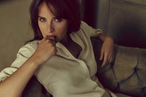 Felicity Jones Celebrity Wallpaper