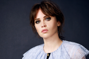Felicity Jones In 2017 Wallpaper