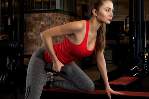Fitness Girl Doing Workout Dumbbells 5k Wallpaper