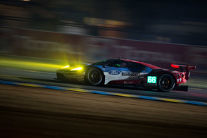 Ford GT At Track Wallpaper