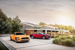 Ford Mustang GT Fastback And EcoBoost Convertible Wallpaper