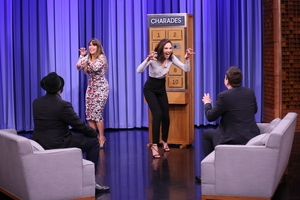Gal Gadot And Patty Jenkins In The Tonight Show Starring Jimmy Fallon Wallpaper