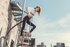 Gigi Hadid Reebok Photoshoot 2017 Wallpaper