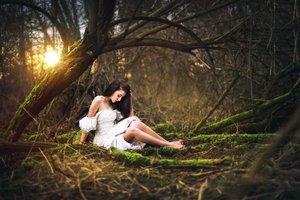 Girl Forest Photography Wallpaper