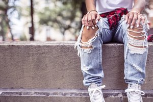 Girl Style Shoes Jeans Wallpaper