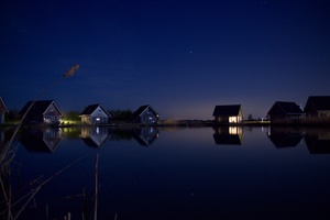 Houses At Lake Water Starry Night 5k