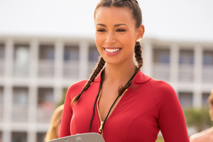 Ilfenesh Hadera In Baywatch Wallpaper