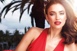Irina Shayk Red Lips 2017 Wallpaper