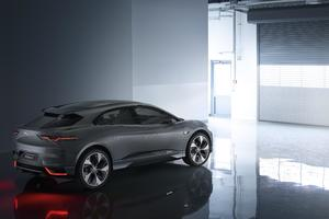 Jaguar I Pace Wallpaper