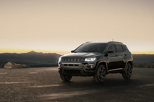 Jeep Compass Night Eagle 2017 Wallpaper