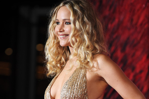 Jennifer Lawrence At Premiere In London Wallpaper
