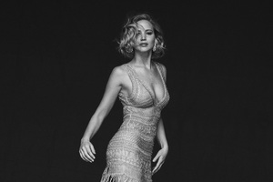 Jennifer Lawrence Black And White Wallpaper