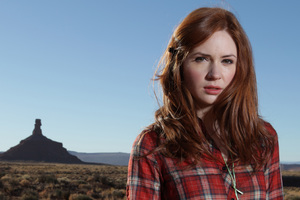 Karen Gillan As Army Pond In Doctor Who Wallpaper