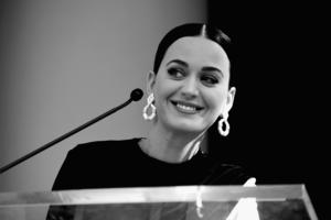 Katy Perry Monochrome Wallpaper