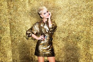 Katy Perry Sparkle Dress 5k Wallpaper