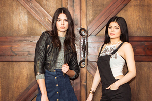 Kendall And Kylie Jenner X PacSun Wallpaper
