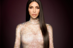 Kim Kardashian Keeping Up With The Kardashians Season 14 2017 Wallpaper