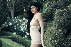 Kylie Jenner PacSun Collection 4k Wallpaper