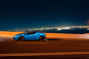 Lamborghini Huracan LP 610 4 Spyder 2018 Side View Wallpaper