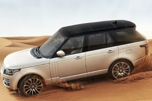 Land Rover In Desert