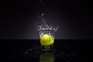lemon splash photography