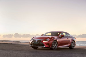 Lexus RC 300 F SPORT 2018 Wallpaper