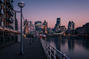 London Evening Buildings Water Side 8k Wallpaper