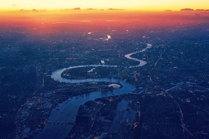 London River Thames Aerial View Wallpaper