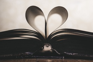 Love Book Wallpaper