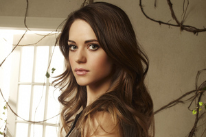Lyndsy Fonseca 4k Wallpaper