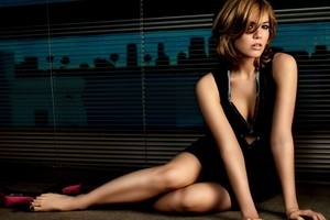 Mandy Moore Model Wallpaper