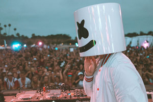 Marshmello Performing Live Stage Crowd 5k Wallpaper
